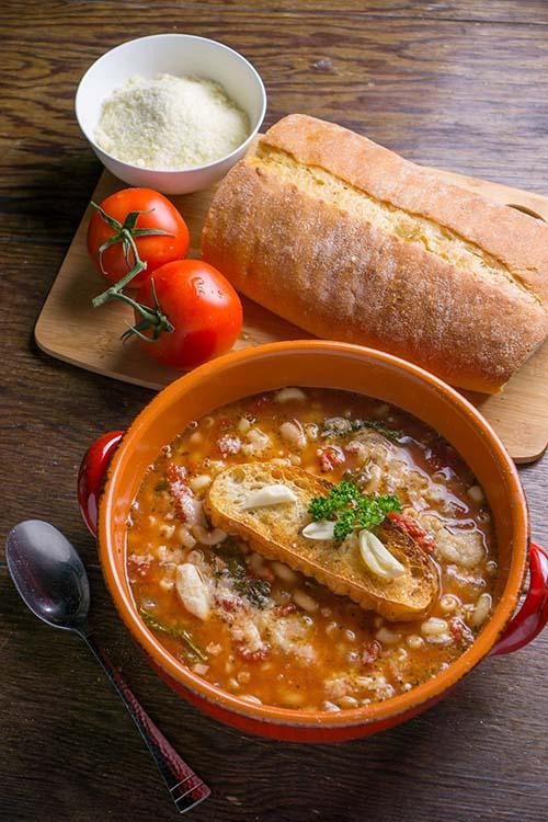 Pasta Fagioli with Roasted Garlic Crostini